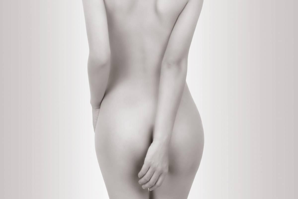 Prothèses des fesses chirurgie esthétique - Dr Hamou