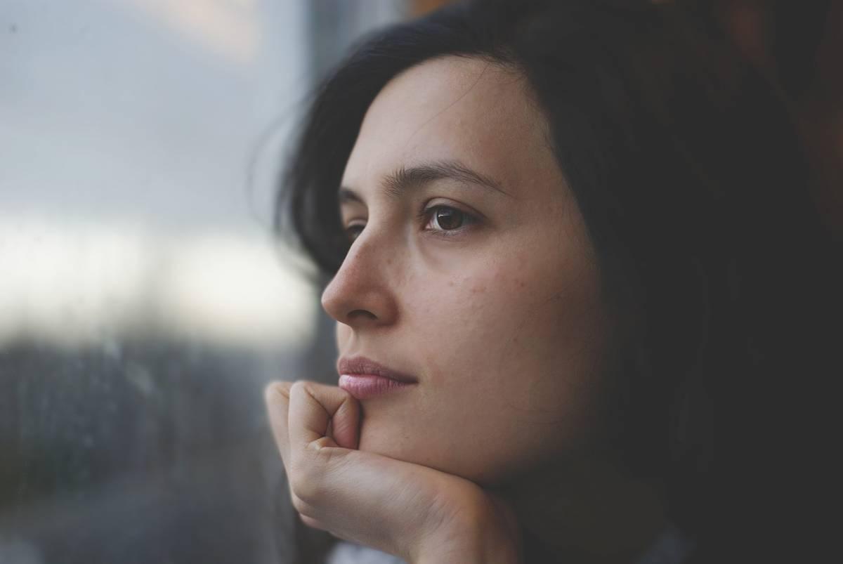 Techniques Pour Estomper Les Cernes Femme - Dr Hamou